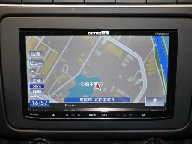 ナビゲーションシステム搭載。ナビ、オーディオ、ビジュアル、フルセグTV等、多彩な機能が満載。