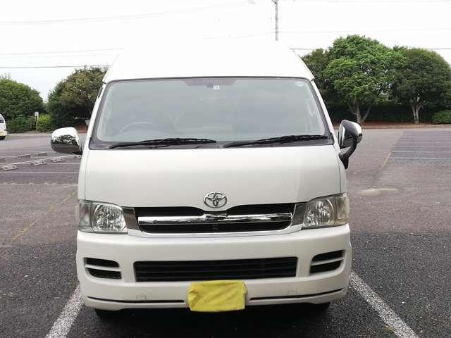 こちらのハイエースはNOXPM法適合車です。日本全国登録、乗り入れ可能です。トラブルの多い排ガス浄化装置DPRは規制前でついていませんので長くお使いいただけます。