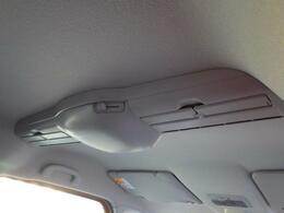 スリムサーキュレーターを装備しています。車内の空気を循環させ、前席・後席間での温度差を少なくします。