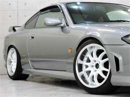 <アルミホイール>CST ZERO1 HYPER V サイズ 9.5J +15(17インチ) タイヤサイズ 235 40(4本共通) ★ヴァリノタイヤのご注文もお申し付け下さい。