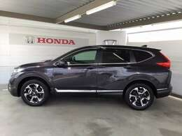先進の安全運転支援システム、HondaSENSINGがもたらす、より高い安心と快適性です。