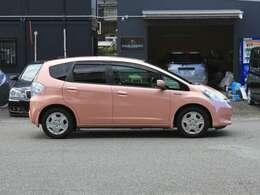 しつこくない桃色の車体