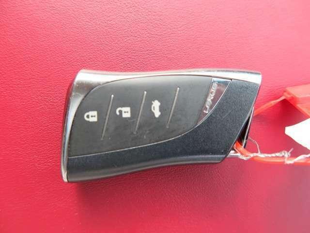 当店カスタムも得意としています!!愛車をかっこよく!またはカスタムを施した当店の一台を是非いかがですか?お問い合わせの際はお電話でカーセンサーを見た!とお問い合わせ下さい☆彡お待ちしております
