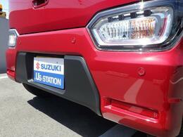 うっかりぶつけてしまう、ということが多いリヤバンパー。リヤバンパーのセンサーでバック駐車時の衝突被害を軽減!「後退時ブレーキサポート」付き車両です♪
