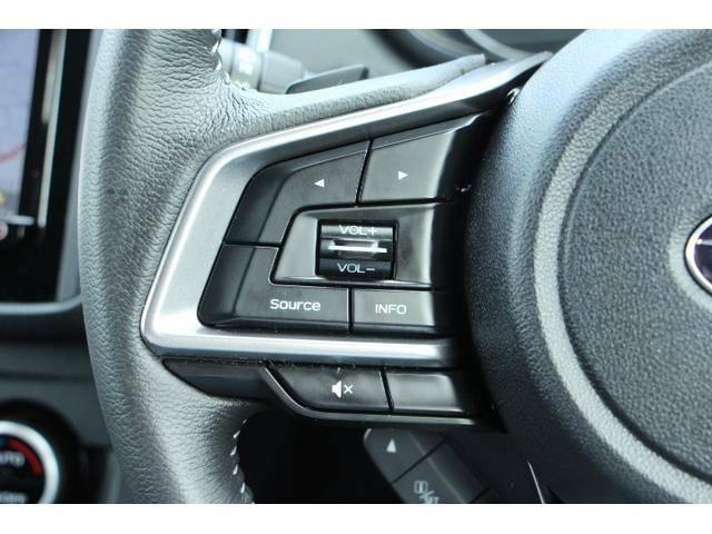一部のオーディオ操作等はステアリングスイッチからも可能です!ステアリングから手を離すことなく安全に操作できます!