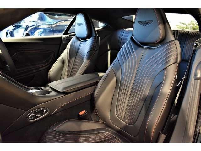 ベンチレーテッドフロントシートを搭載しておりますので夏場でも快適にお乗りいただけます。