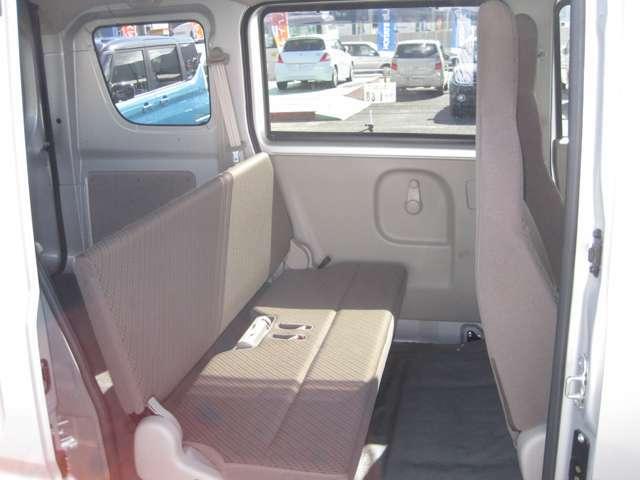 後部座席も当然、綺麗・清潔に仕上げております!