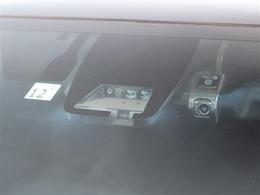TSS(トヨタセーフティセンス)装着車!追突事故などへの予防安全のための装備で、被害軽減をサポートしてくれます!前方カメラのドラレコ付!
