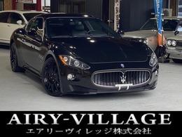マセラティ グラントゥーリズモ S オートマティック 黒レザー/20インチAW/レッドキャリパー