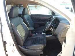 電動シートでシートポジションの微調整が可能