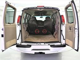 社外HDDナビ ETC 1ナンバー スペアキー HIDヘッドライト Wエアコン 5人乗り 社外ホイール  後席モニター