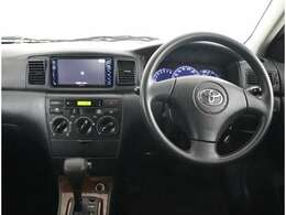 シンプルで操作しやすいお車です。