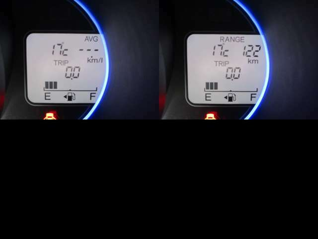 インフォメーションディスプレイに燃費等を表示します。