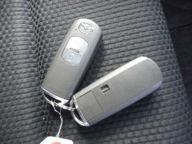 ★鍵をささなくても外からロック開閉楽々♪のスマートキー★