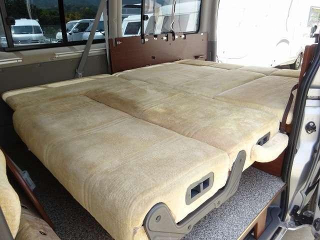 全国直営店・共通在庫1000台オーバーのキャンピングカーを厚木店で販売可能です☆ 専任スタッフがご対応 最適な一台をご提案致します☆