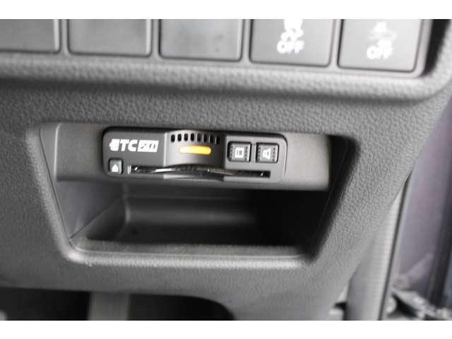 ETC車載器付ですので高速道路の料金所もノンストップです!高速道路の乗り降りがスムーズに行えます!!