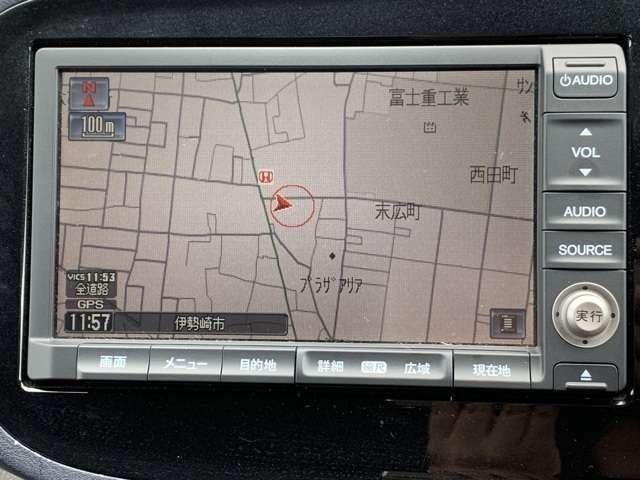 メーカーオプションのHDDナビが付いています^^お出かけやお仕事にとても便利です☆これで土地勘のない場所でも道に迷わず安心ですね!!