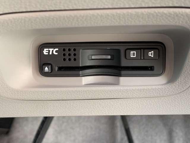 ビルトインの純正ETCを搭載!!セットアップしてからの納車になりますので、すぐにお使いいただけます☆ETCカードの抜き忘れにご注意ください。