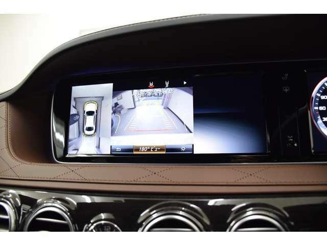 360度カメラにより死角を減らし駐車も楽にこなす事ができます。