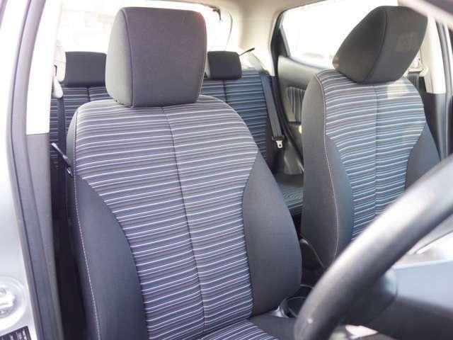 ★しっかりとした運転姿勢が取れるシートです★