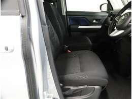年式は問わず、全国約5,000ヶ所のトヨタのお店で保証修理を受けることができます。