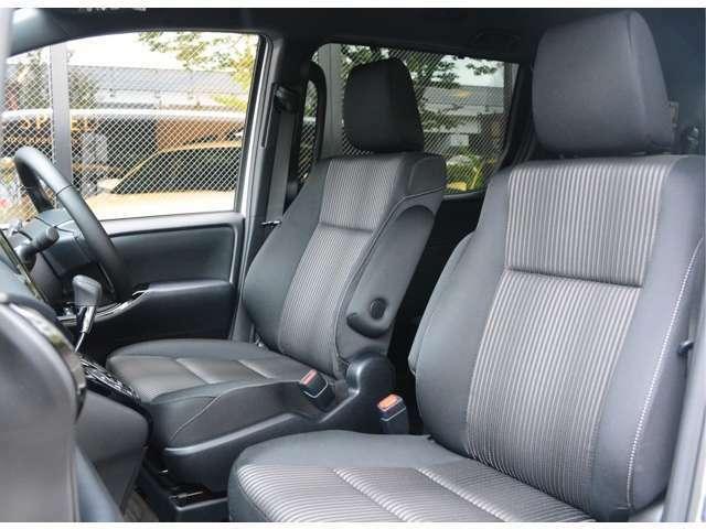 ■内装状態も◎■中古車では、外装状態が良好でも喫煙車であったり、芳香剤の匂いに使用上出来る汚れやキズがありますが、当社は「全車新車ベース」なのでキズもなければ新車の香りしかしません!