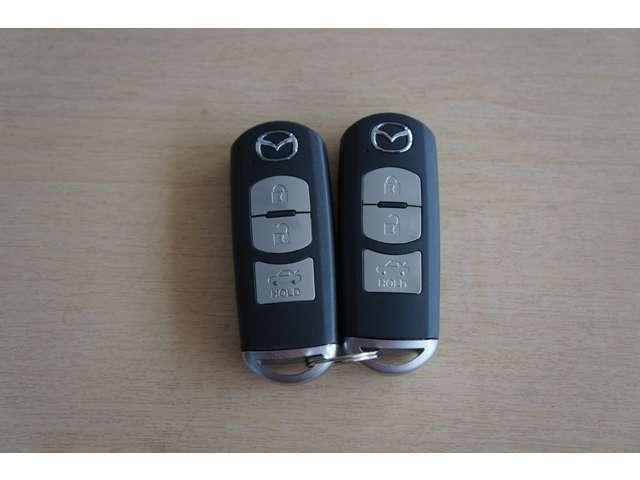 いまや必須のスマートキーも装備!施錠、解錠、エンジンスタートも身につけているだけで簡単操作可能です!
