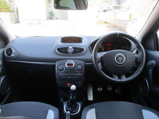 清潔できれいな車内は丁寧に扱われていたのが伺えます!禁煙車なので嫌な臭いもございません。