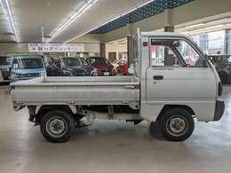 修復歴無しの良質車です!創業57年!!買取、販売共に実績豊富ですので、安心してお問い合わせください!!