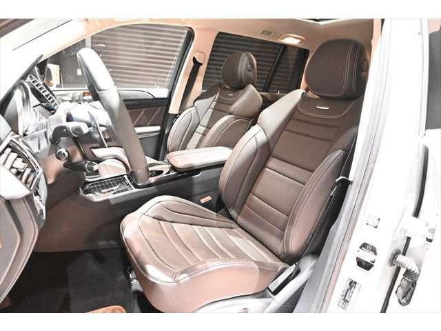レザー製AMGスポーツシート!状態大変良好ですメモリー付きパワーシート!シートヒーター!エアシート!贅の限りの装備多数です!