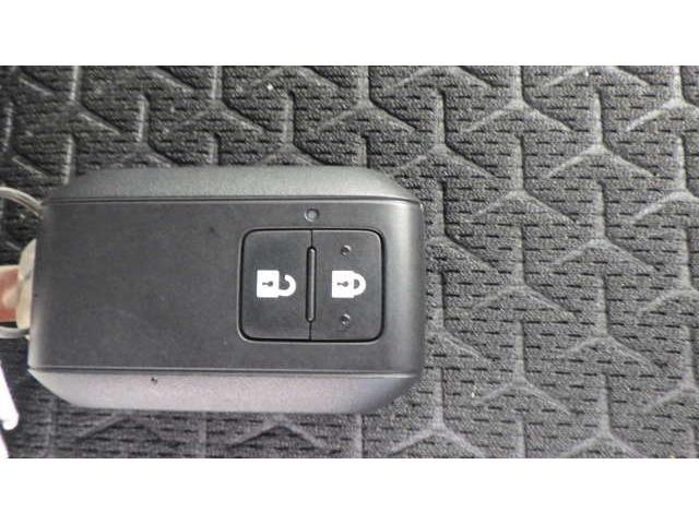 キーをカバンやポケットから取り出す必要なくワンプッシュでドアの施錠が行えます。