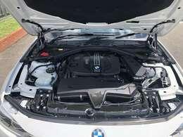 BMW Approved Carエンジンやトランスミッション、ブレーキなどの主要部分はご購入後1年間、走行距離に関係なく保証します。万一、修理が必要な場合は工賃まで含め無料で対応致します。