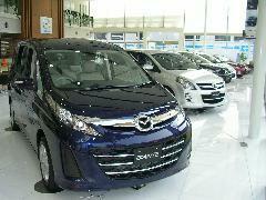 新車も多数展示しておりますので、予算に応じてこちらもご覧下さい。