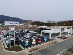 軽自動車からミニバンまで最大75台展示!