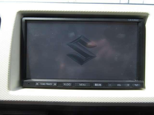 お出かけ時に欠かせないナビは流行りのメモリーナビ!CD再生機能や1セグTV視聴視聴と有能なナビです!