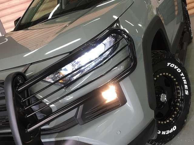 ★LEDヘッドライトは省電力化やバルブ寿命の向上、点灯した瞬間からMAXの光量を発揮します★