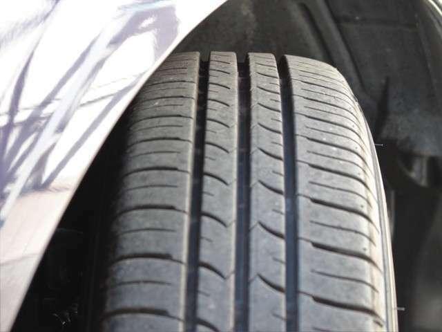 タイヤの山も8分山程度!安心のタイヤ(グッドイヤー)でまだご使用いただけるかと思います★