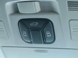 ミニバンには必須アイテムの両側電動スライドドア☆ 大きなリヤゲートも電動で開閉出来ます♪