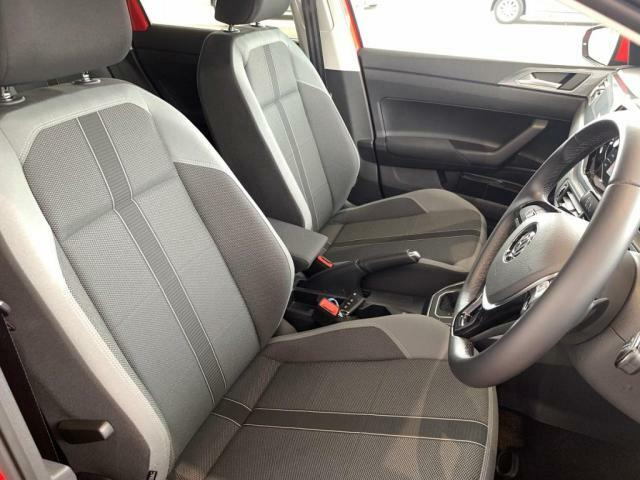 快適なドライブへお供する運転席シート
