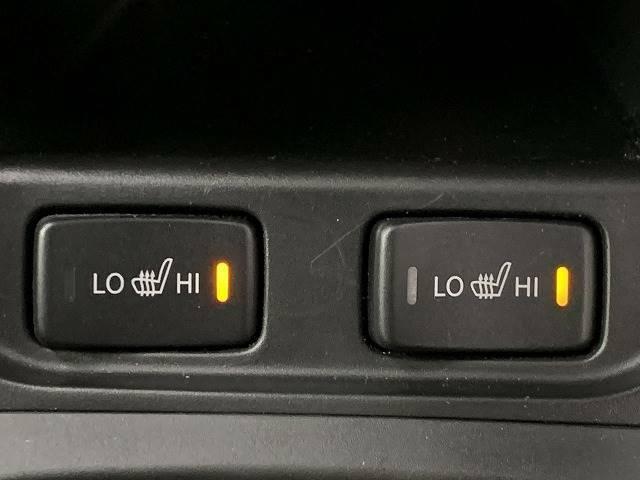 シートヒーター装備! 寒い季節ニあると便利な機能です!