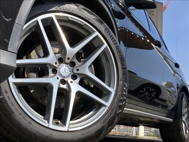 【21インチ純正AW】装備です!当社では社外AWやスタッドレスタイヤの販売も行っております!