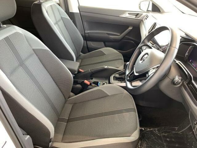 素敵なドライブへお供する運転席シート