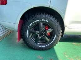 新品タイヤ、グッドリッチマッドテレーン交換、ホイールペイント、17インチ