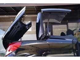 16インチアルミ/タイヤ4本新品ダンロップ/LEDテール/クルーズコントロール/オートライト/電動オープン/禁煙