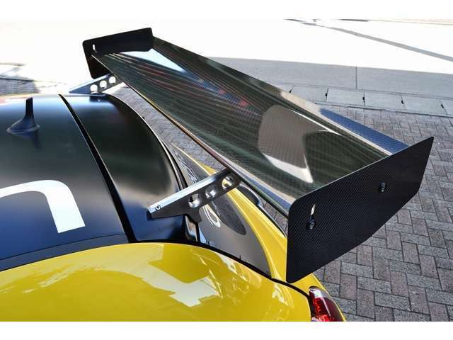G-TechパフォーマンスKIT 224・G-Techエキゾースト・G-Techロング5速ギア・G-Techサスペンション・G-Tech LSD・G-Techクイックシフト・G-Techブレーキシステム(305/264perforated)
