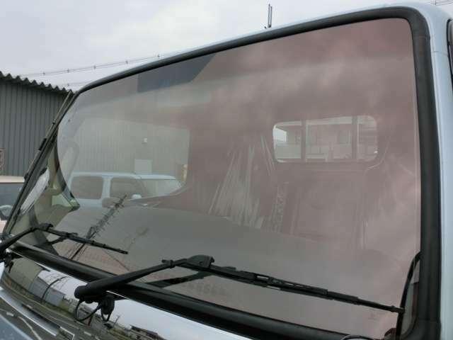 ■車検対応カラードガラス・光加減によりローズカラーが変わります。■