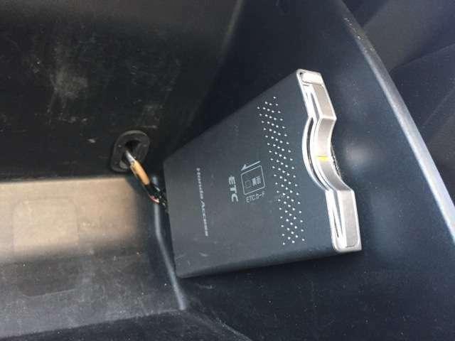 ETC車載器付です。料金所もノンストップで乗り降り出来ます♪