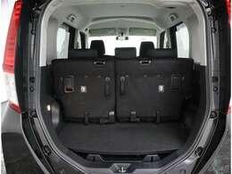 荷物の積み下ろしに便利なハッチバックタイプです。