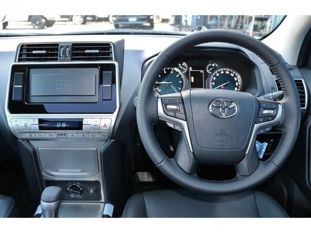 レーダークルーズコントロール標準装備なので長時間運転もストレスなく運転できます!