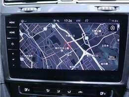 純正ナビ Discover Pro を装備、CD/DVDやラジオのほかSDカード、USB、Bluetoothも対応しております。地デジにも対応